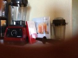 Vitamix 7500 RED  +32 oz Dry container