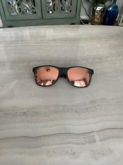 Blenders Eyewear Woman's